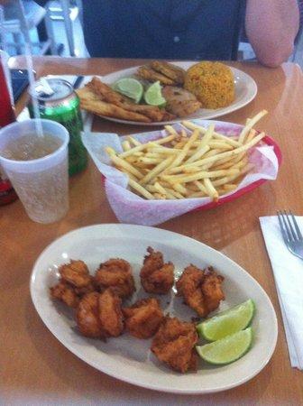 Camaronera Fish Market es una delicia de restaurant de pescados y mariscos en Miami